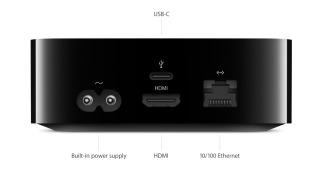 Her er alle tilkoblingene på baksiden av Apple TV.