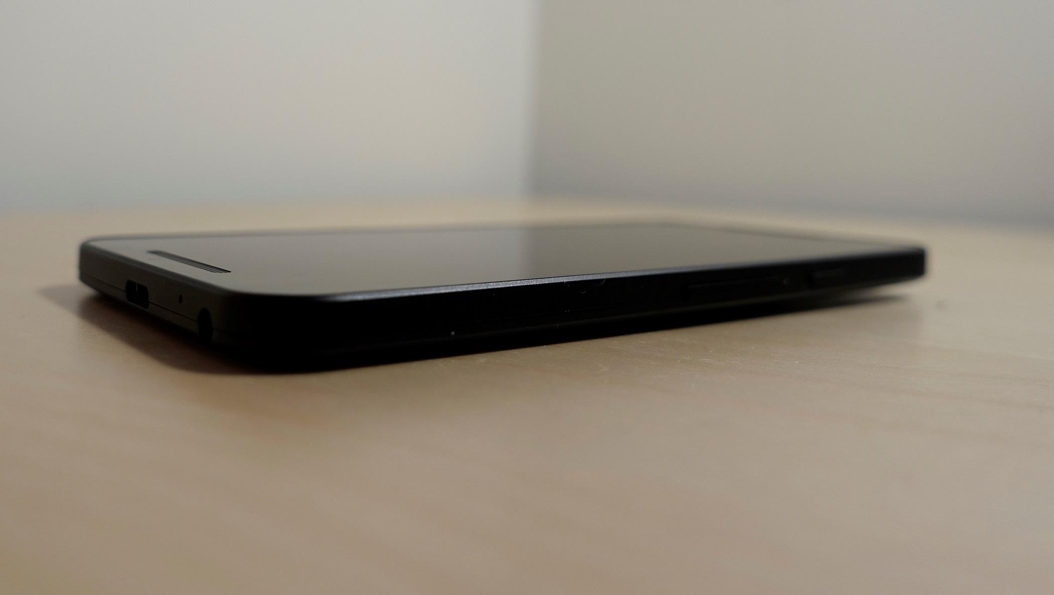 LG har kjørt en sikker design med Nexus 5X.