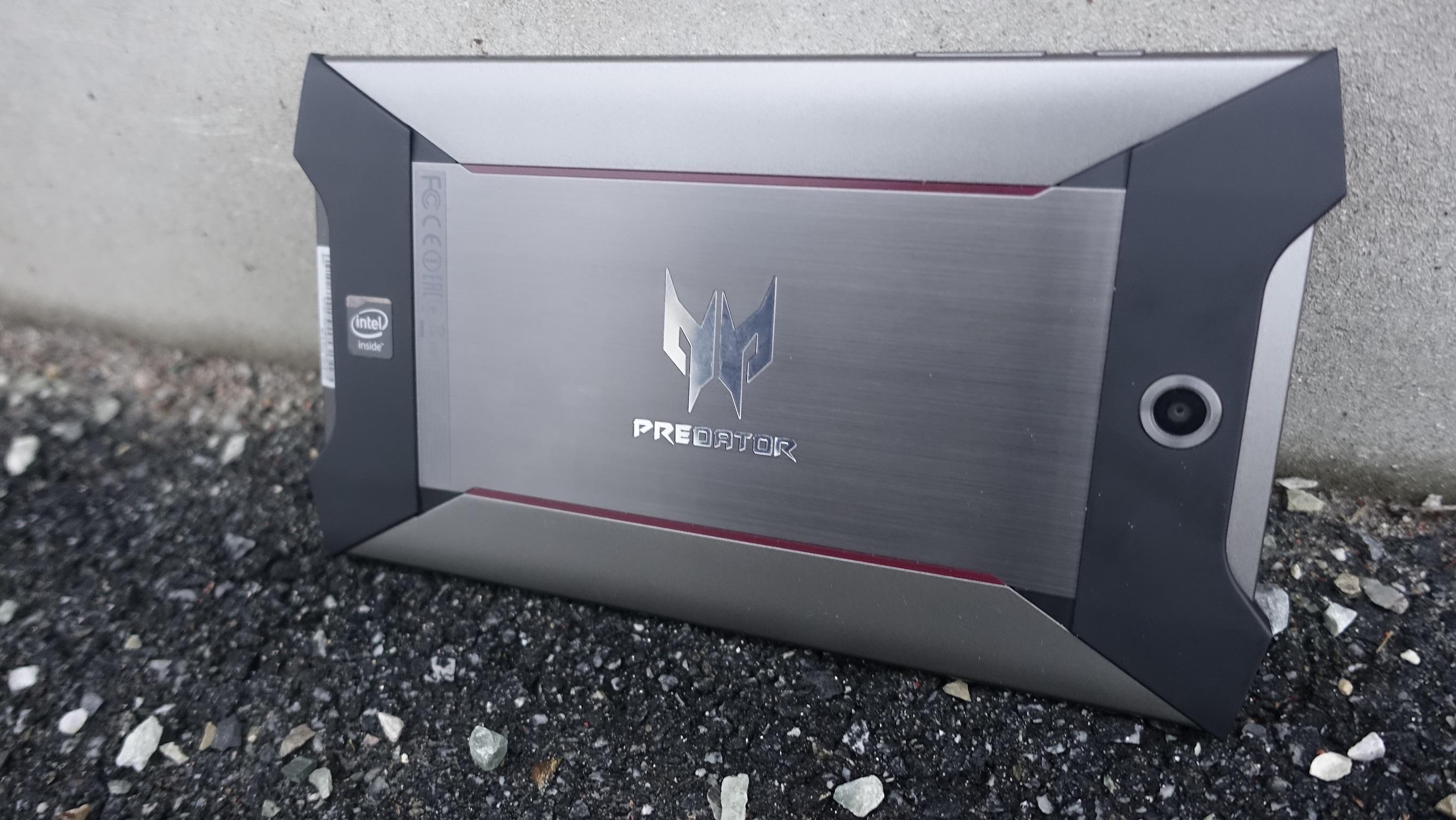 Predator 8 passer rett inn i Predator-familien til Acer.