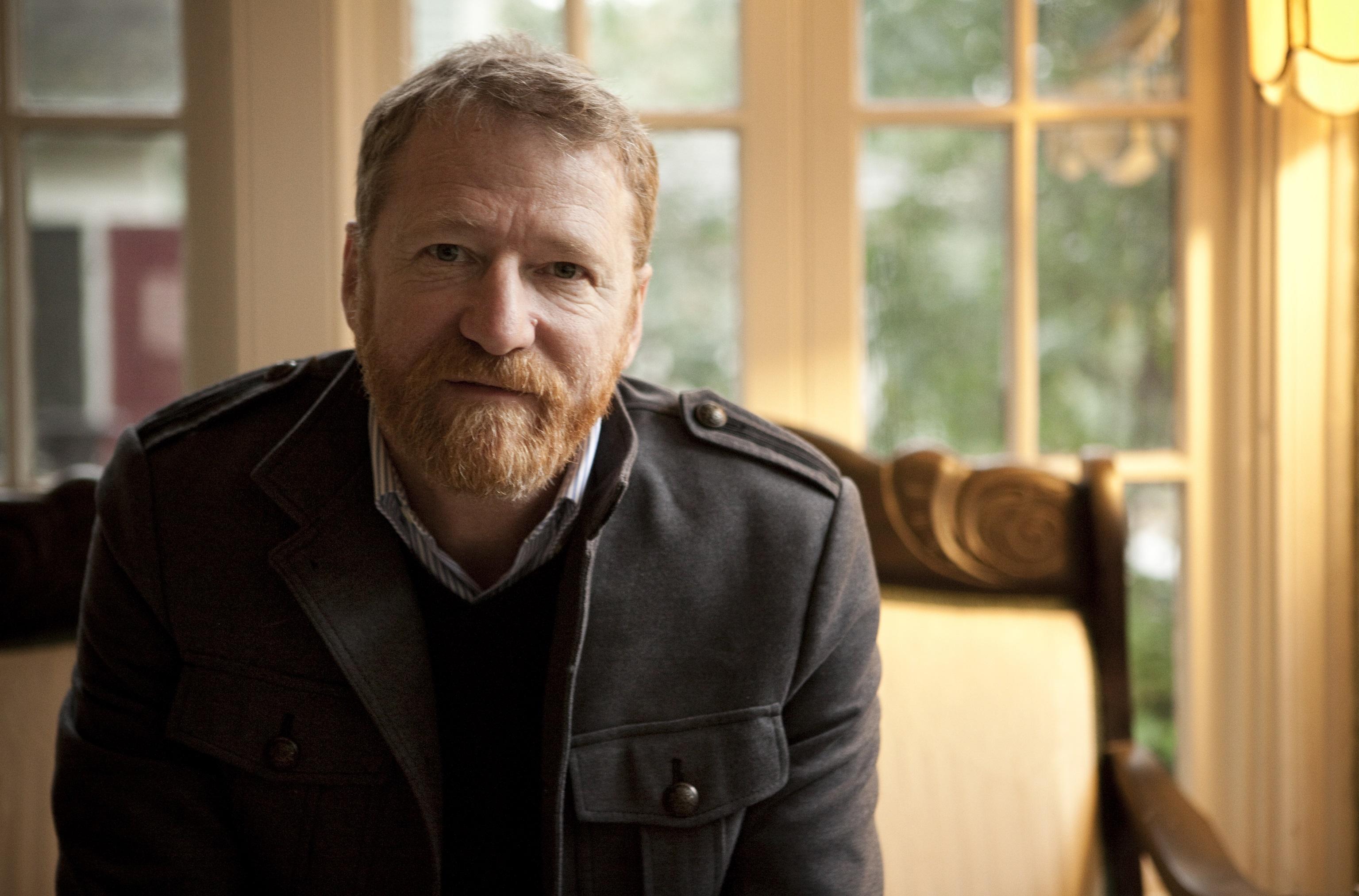 Musikeren David Lowery har rettet et massesøksmål mot Spotify.