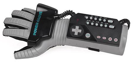 450px-NES-Power-Glove