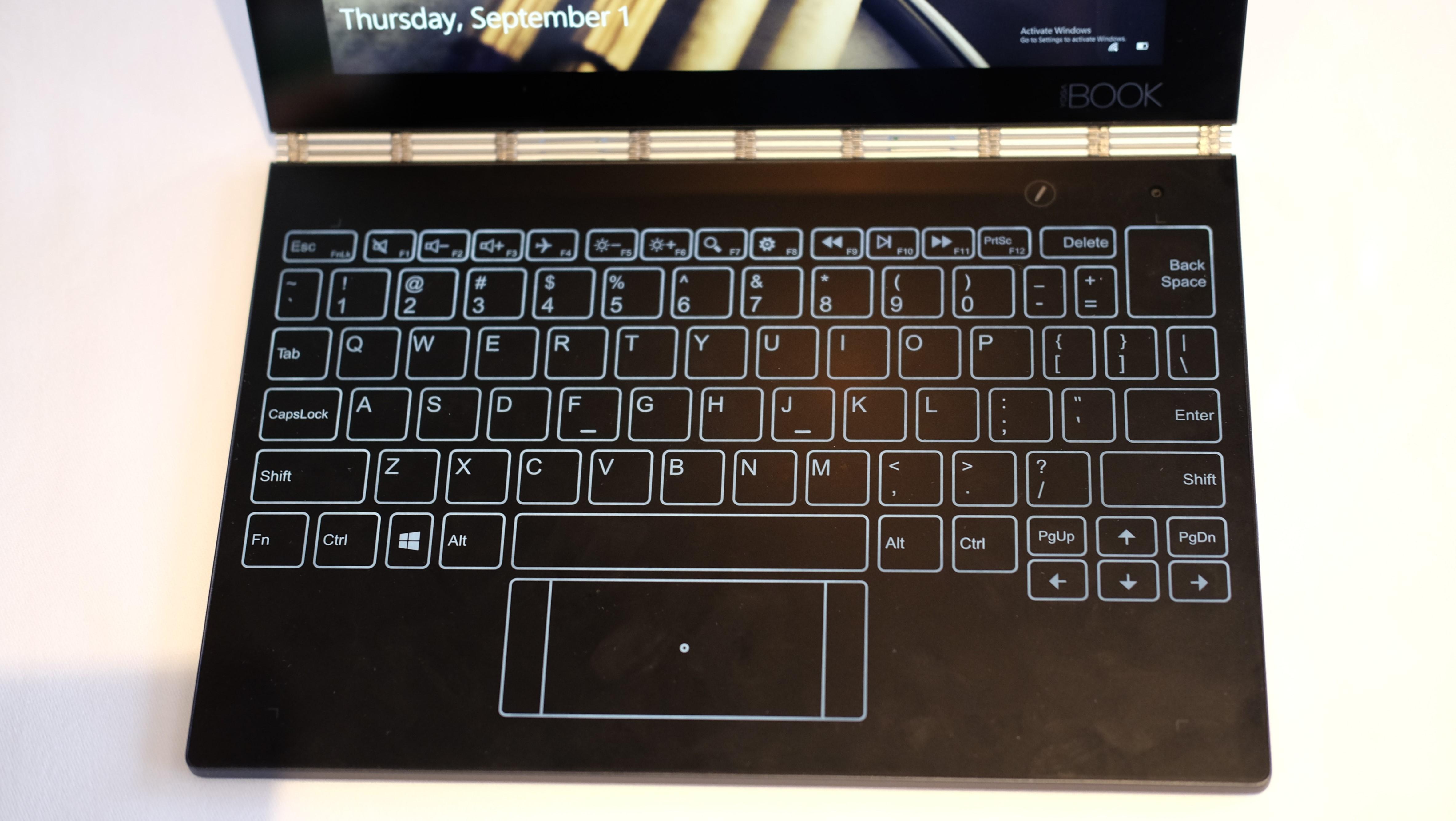 Tastaturet krever absolutt litt tilvenning.