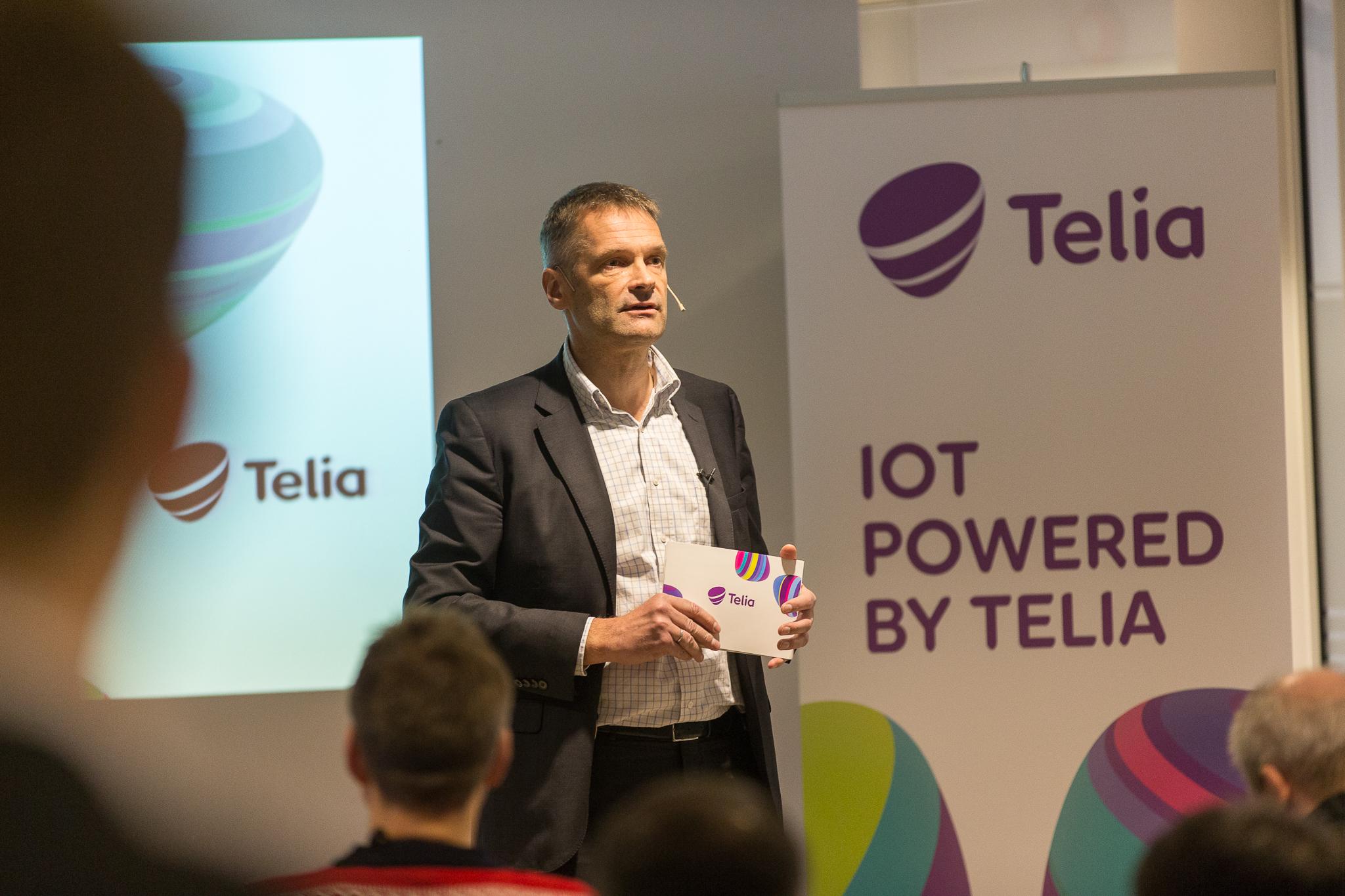 Telias daglige leder Abraham Foss snakker om fortid og fremtid for Telia.