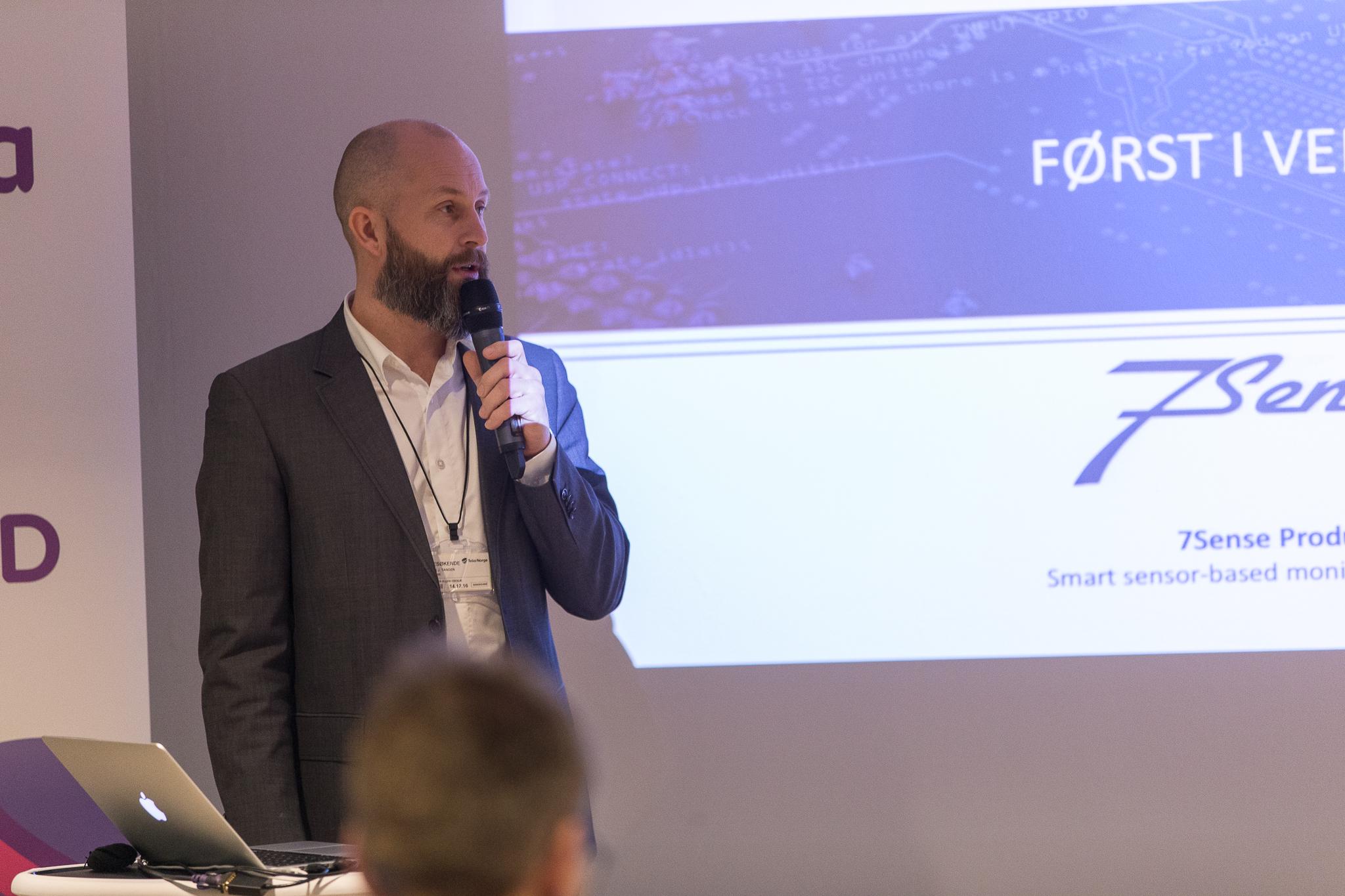 Max J. tangen, CEO i 7Sense forteller om deres smarte landbruksteknologi og veien frem til ferdig produkt.
