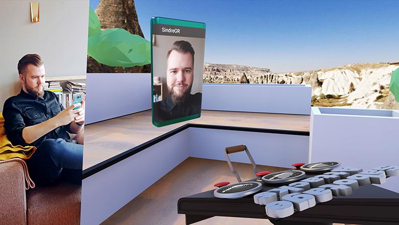 Sindre demonstrerer det sosiale aspektet i VR som er hva Facebook og Google fokuserer litt ekstra på nå.