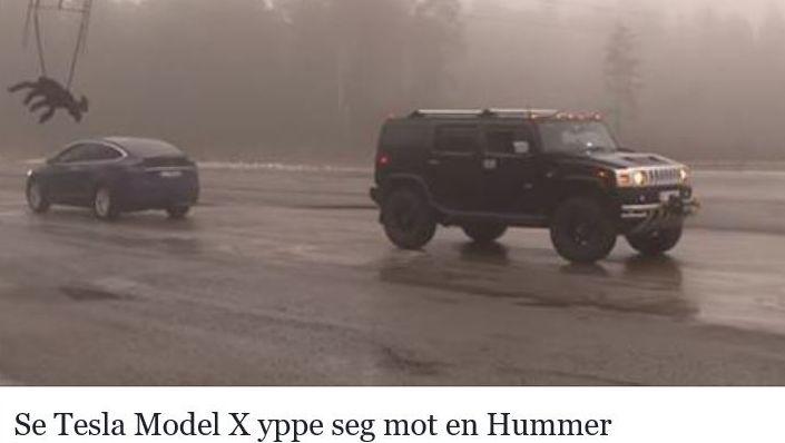 Tesla Model X mot en Hummer H2.