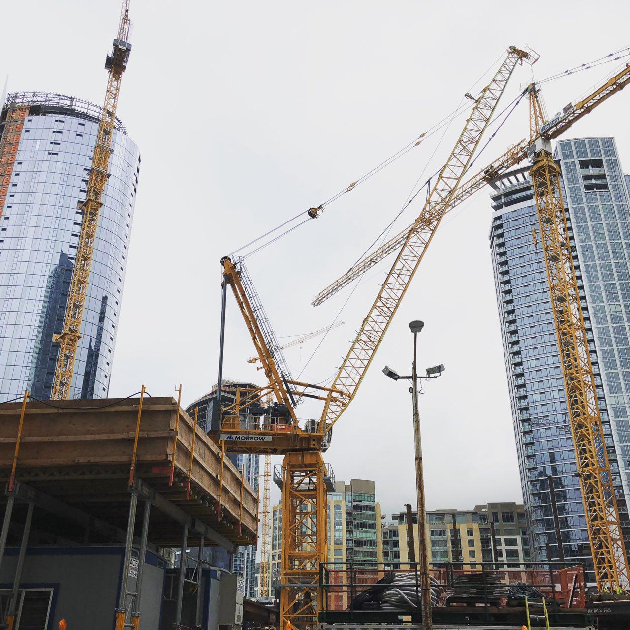 Seattle er en liten by i amerikansk målestokk, og er langt mer nordisk grunnet plasseringen nordvest, men det er også rivende teknologisk utvikling å finne her, takket være Amazon, Whole Foods (som Amazon jo eier) og Microsoft.