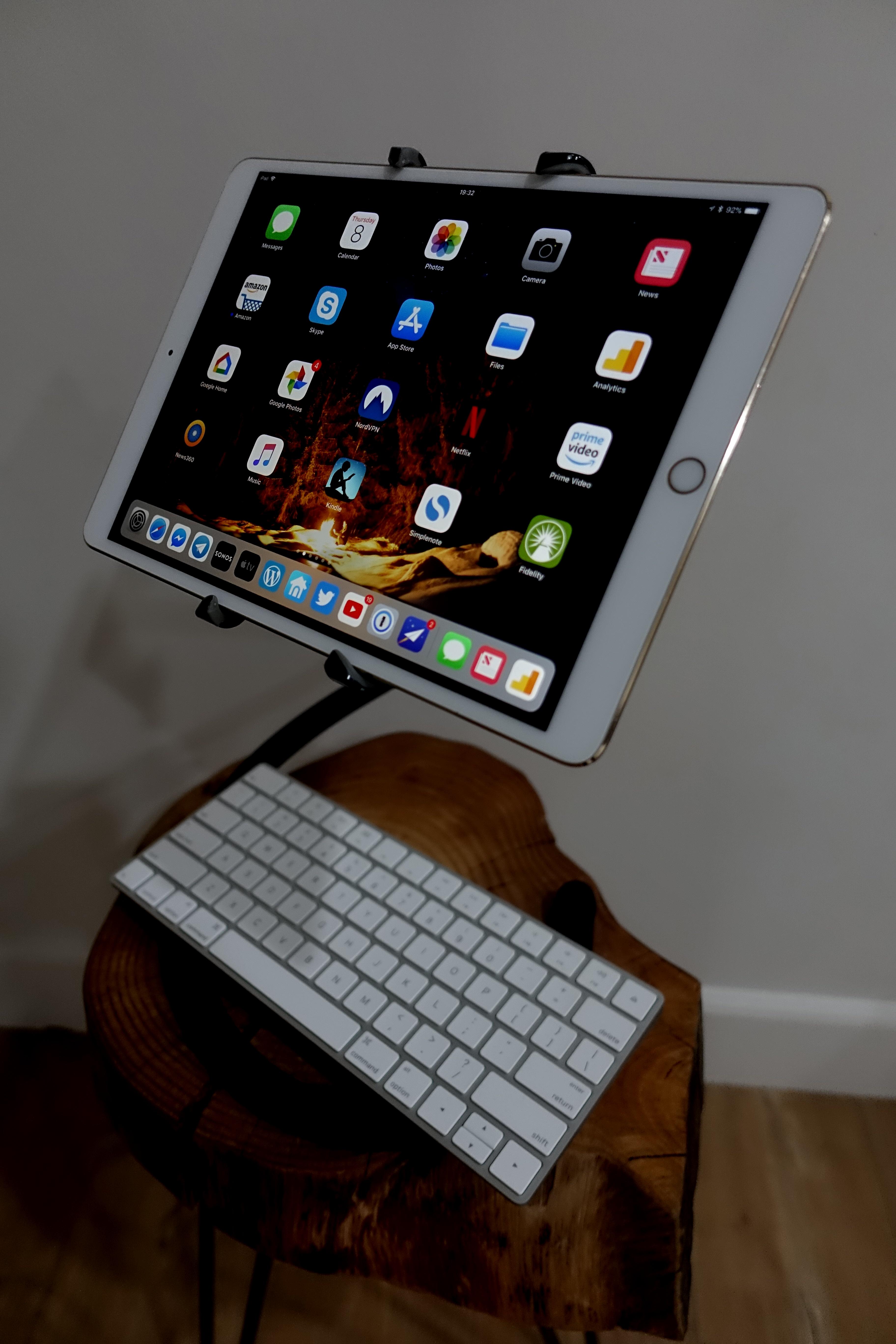 Spider Monkey gjør det enkelt å jobbe og la seg underholde med iPad-en, eller et hvilket som helst nettbrett, egentlig.