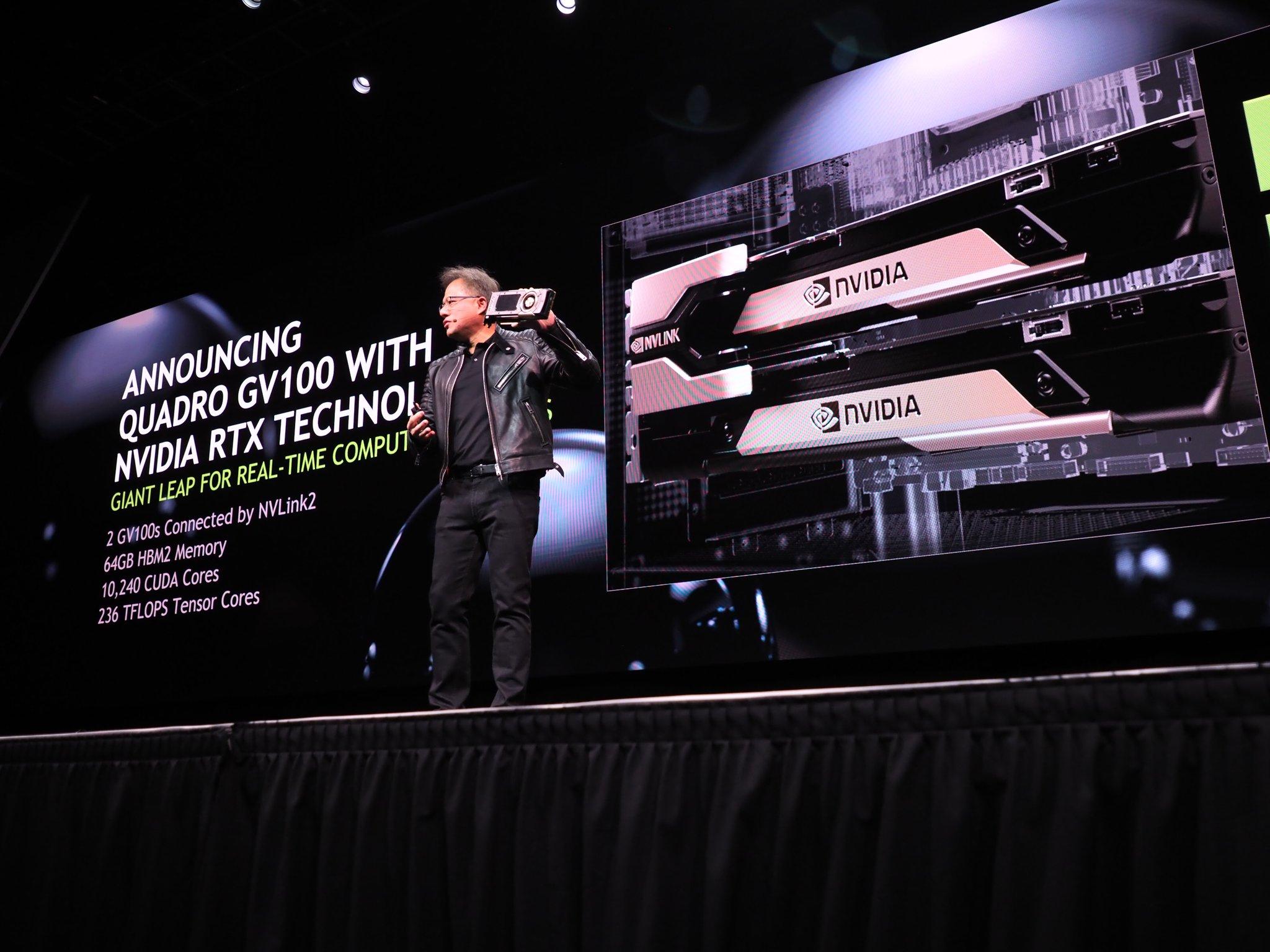 Nvidia-sjef Jen-Hsun Huang med skinnjakka på under presentasjonen av det nye kortet.