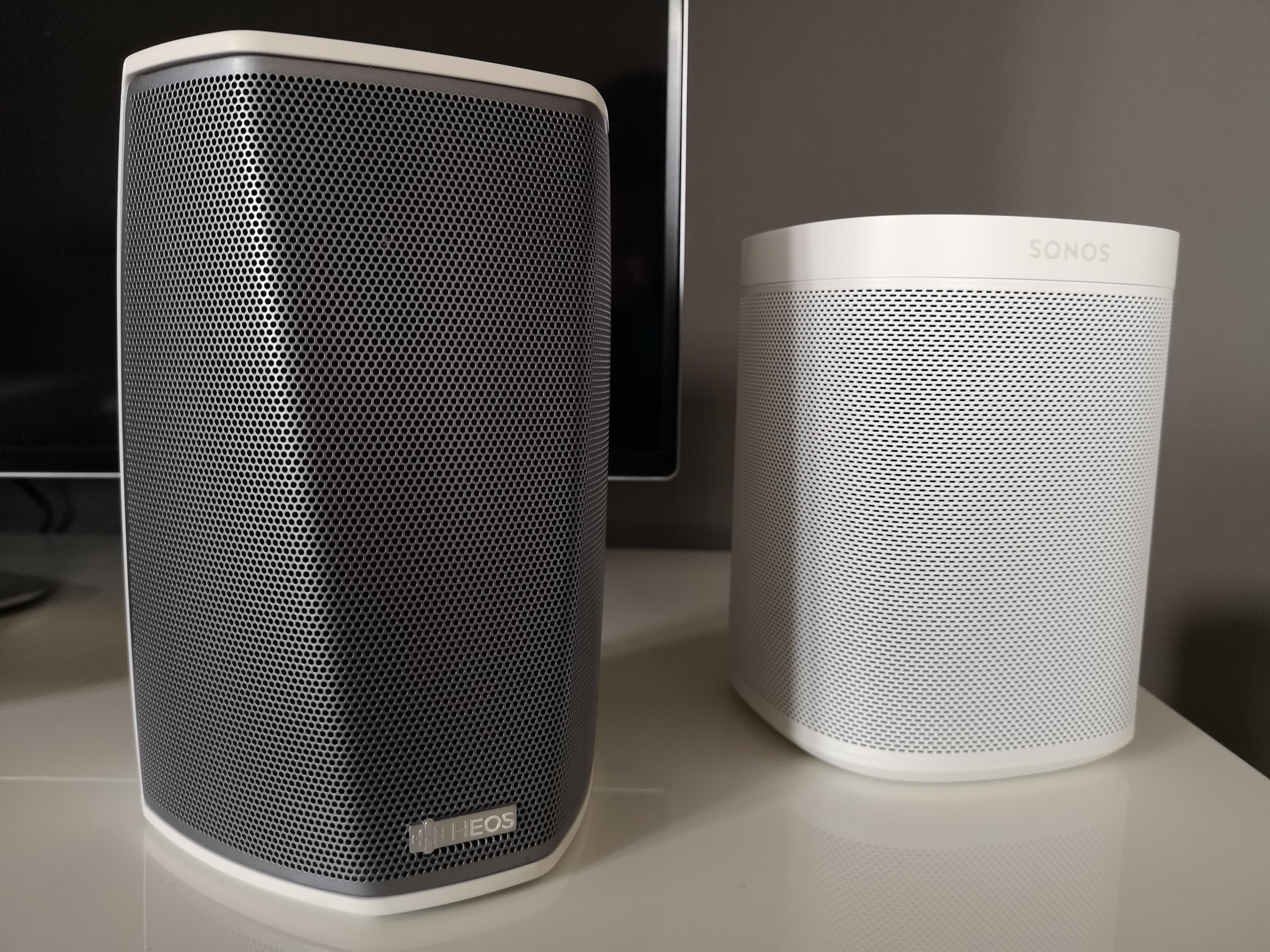 HEOS by Denon og Sonos.