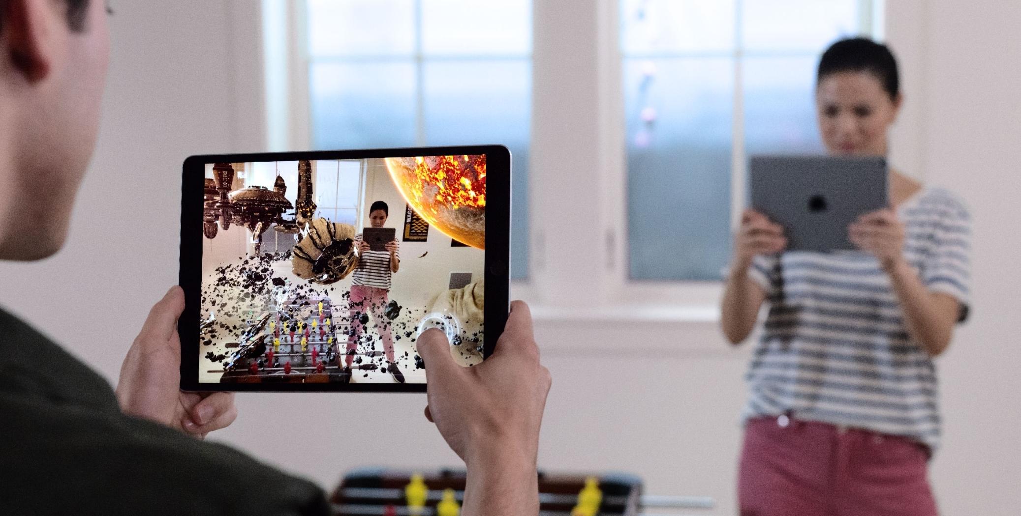 Utviklere får leke seg med ARKit 2 i iOS 12 med støtte for flerspiller-modus.