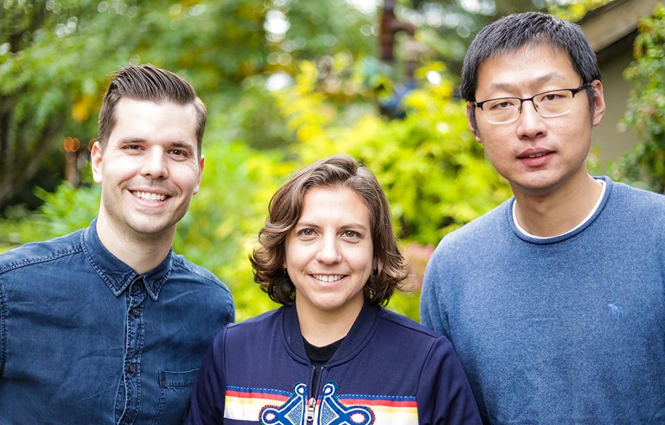 De tre grunnleggerne av Wyze Labs fra Washington møttes hos Amazon, men valgte å slutte og skape sitt eget selskap med forretningsideer hentet fra nettopp Amazon.