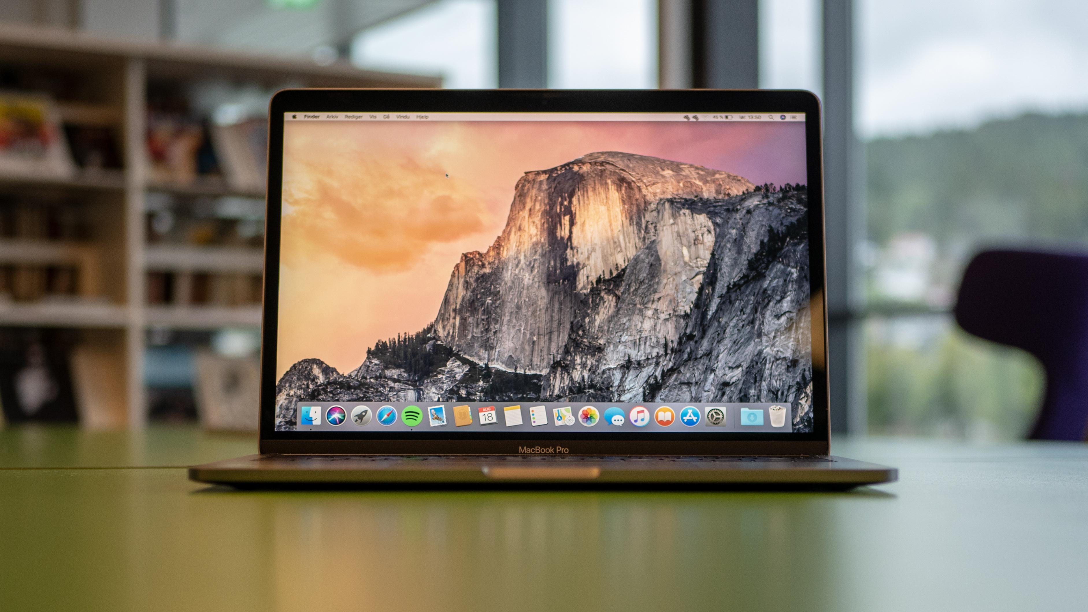 """MacBook Pro 13"""" er en fantastisk arbeidshest, men vi syns innstegsprisen er noe i høyeste laget."""