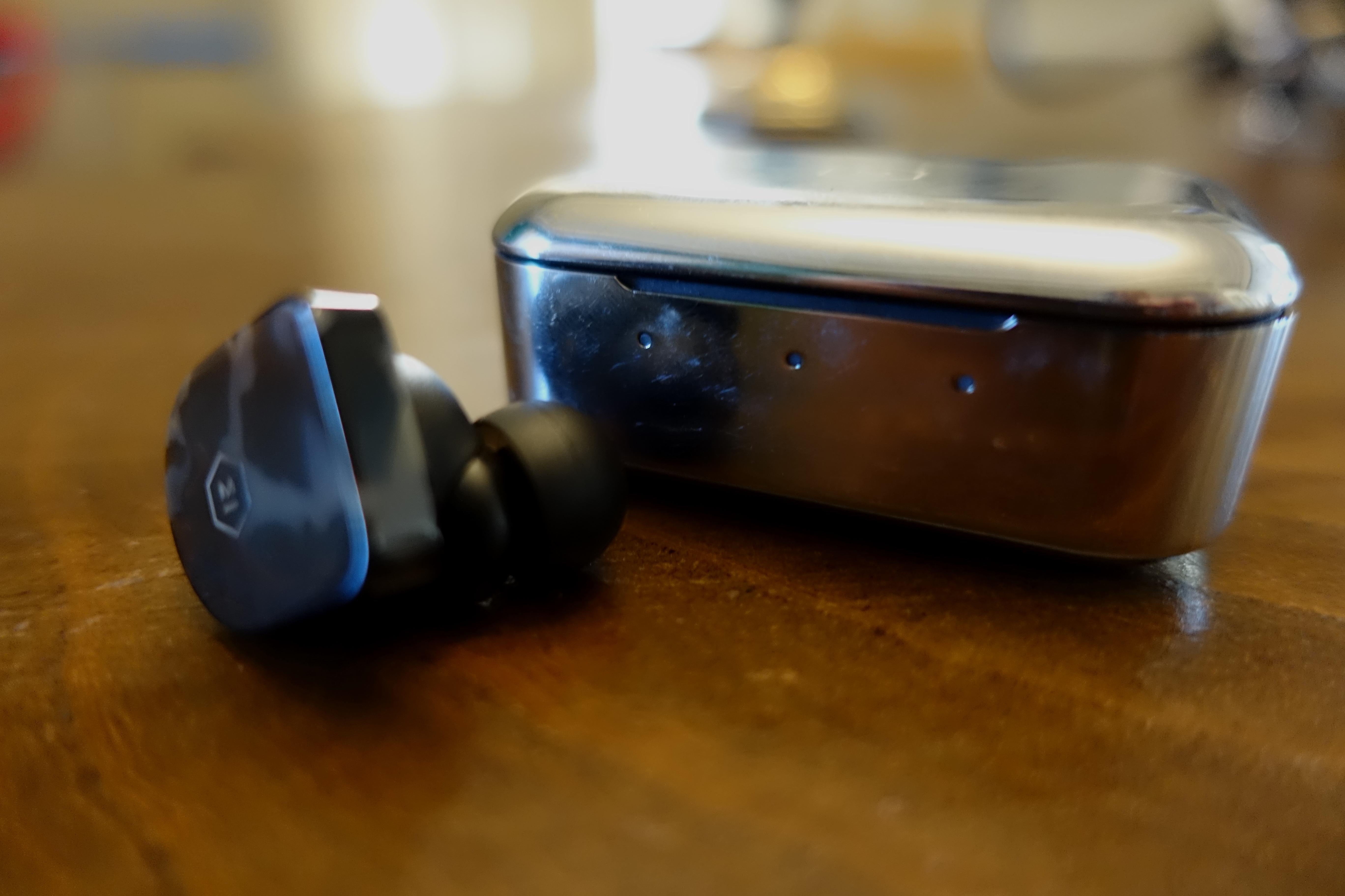 De leverer god lyd, men designet er kanskje ikke for alle?