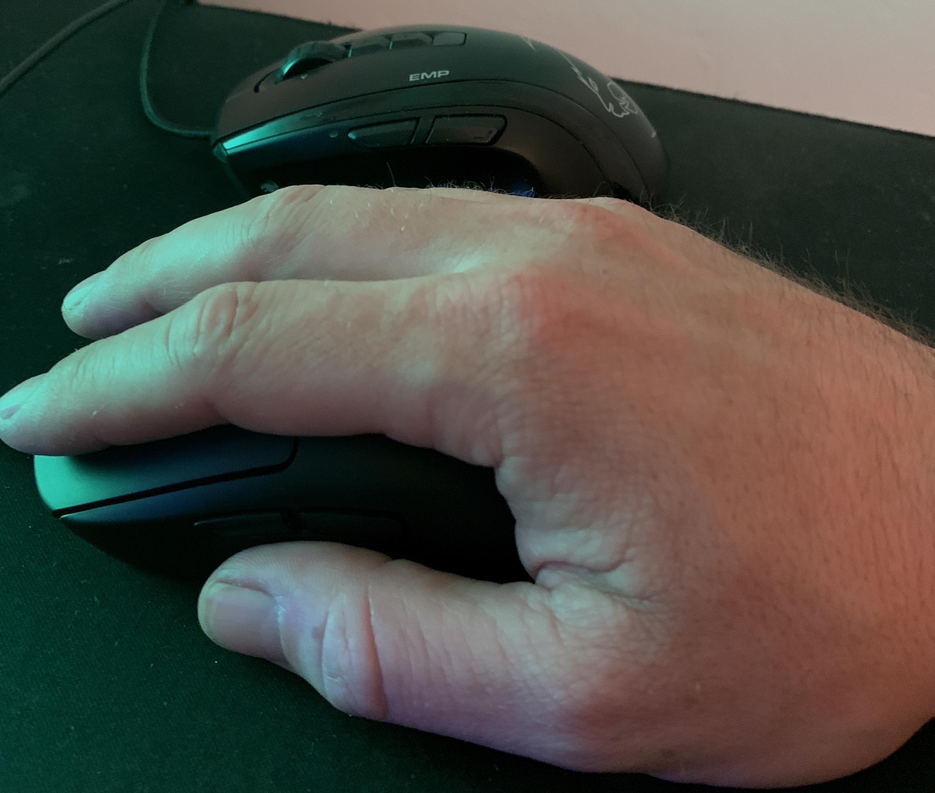 Test av spillmus: Det er som å plugge hånda inn i maskinen