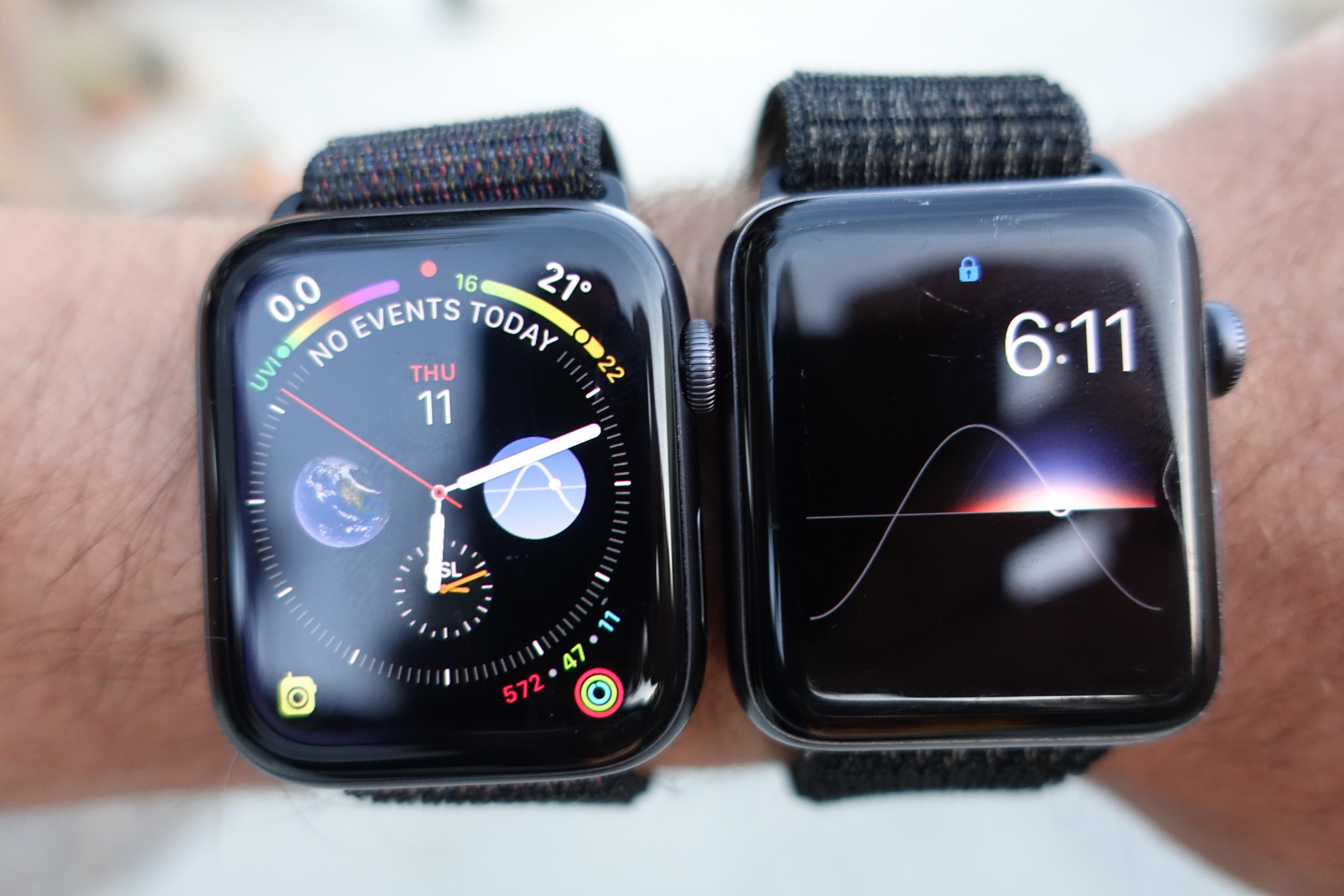 Series 4 til venstre med det nye klokkeansiktet vi bruker hele tiden.