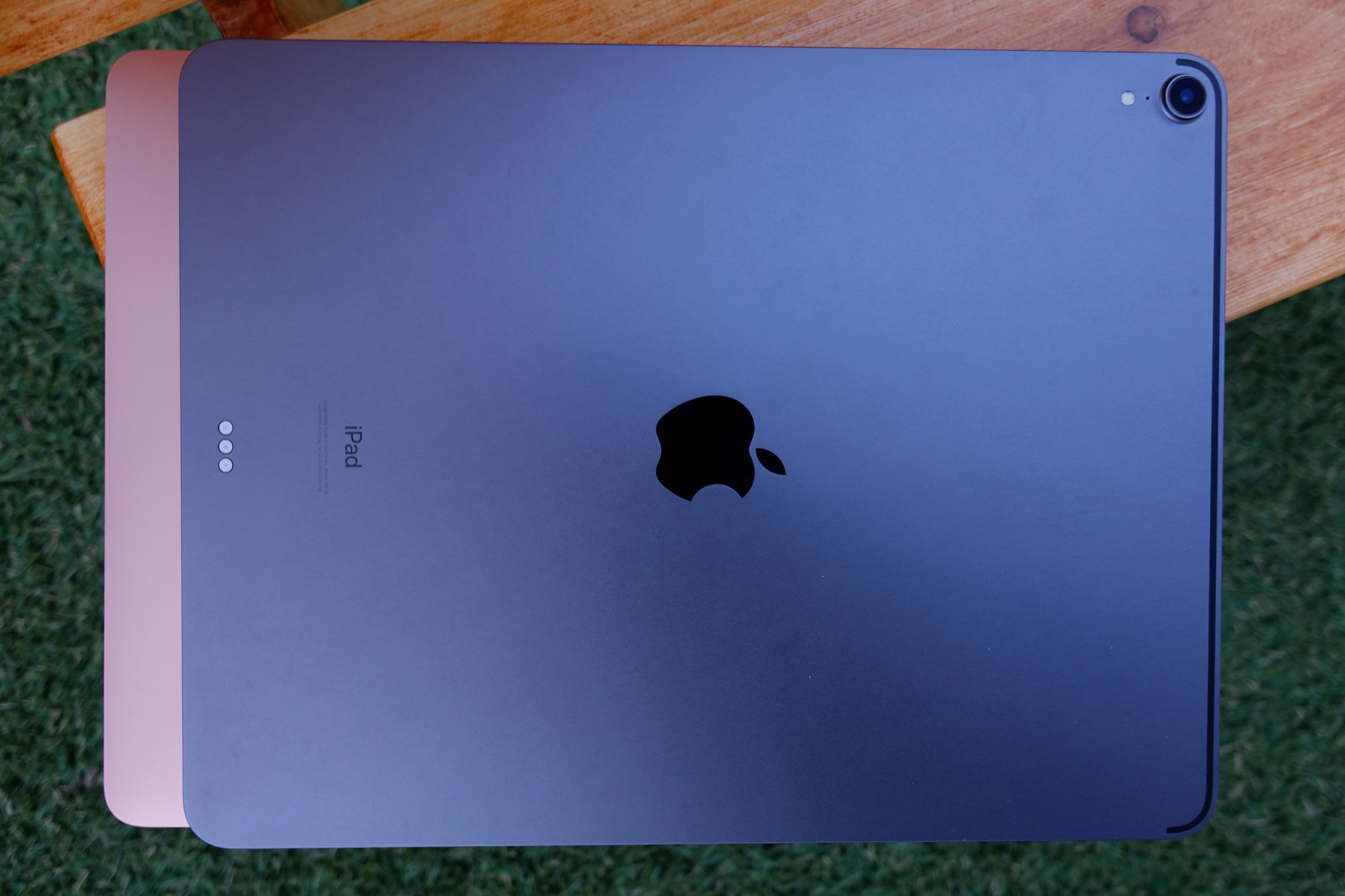 TEST: Noen må fortelle Apple det ikke er 2010 lenger ITavisen