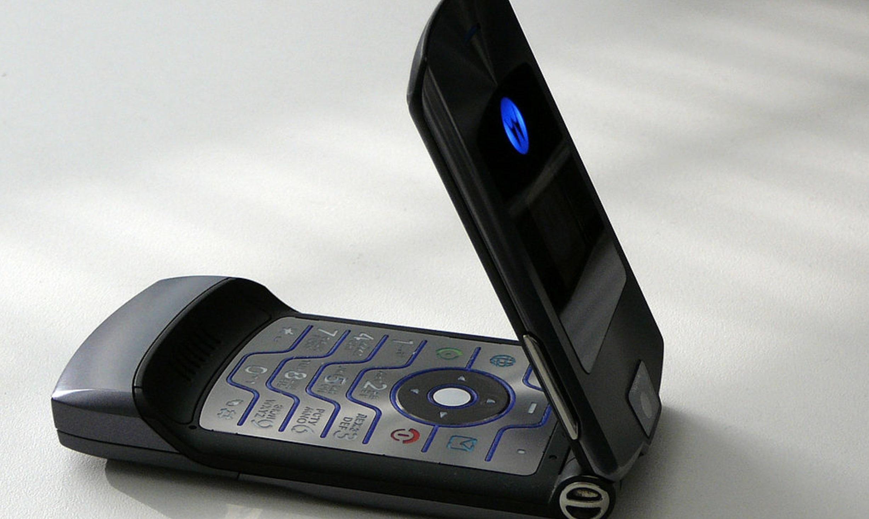 Motorolas legendariske RAZR-telefon gjør comeback