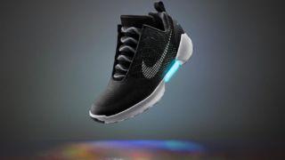 I morgen vil Nike avduke sine nye selvknytende sko.