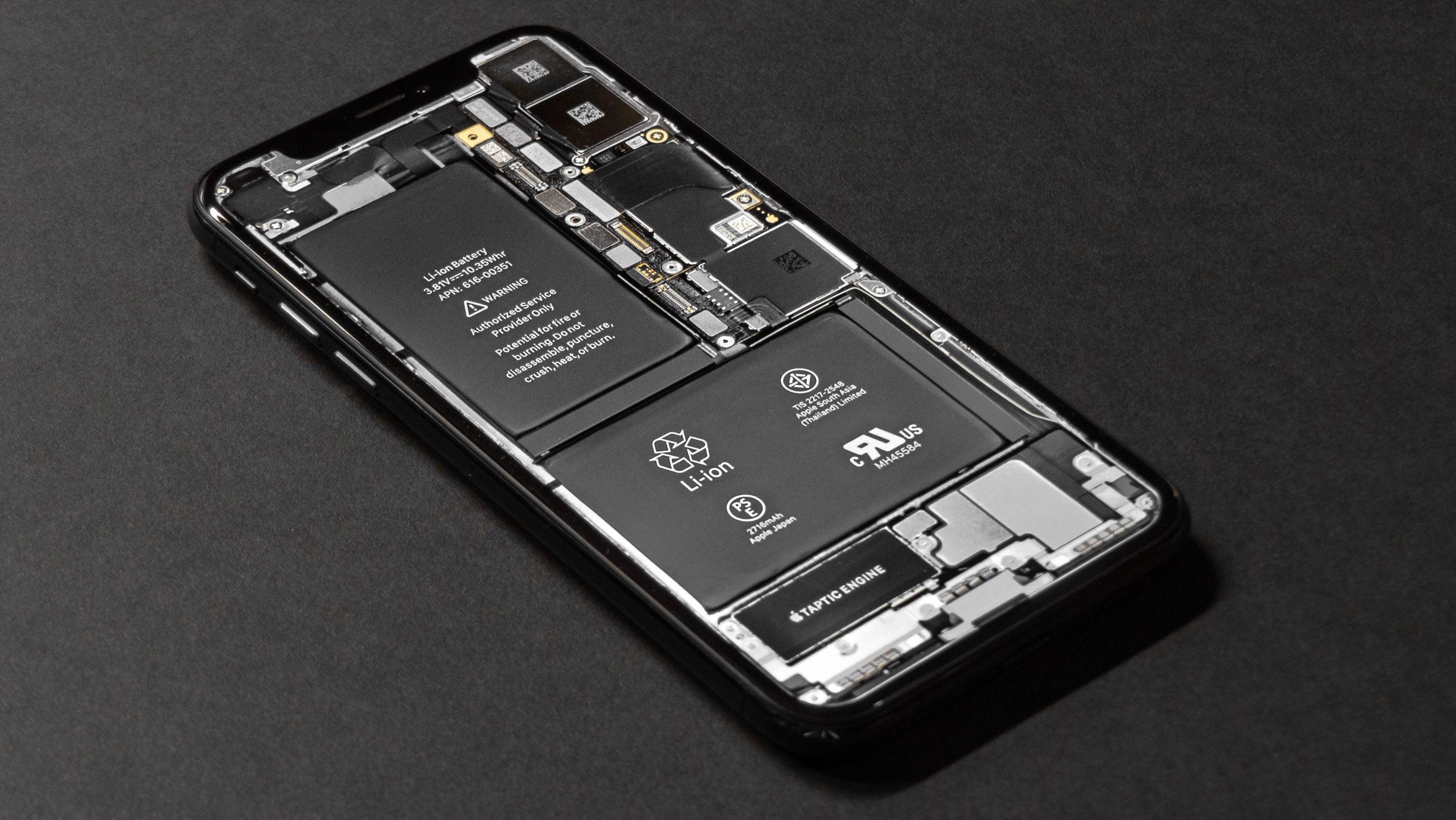 Apple: - Vi kan ikke lastes for at iPhone blir tregere