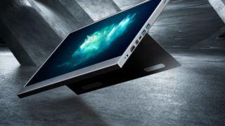 Dette er batteri-skjermen til 1400 kroner du kan ta under armen og bruke til alt