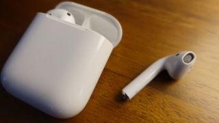 Produksjonen av AirPods 2 og AirPower er i gang. Kan Apple finne på å avduke produktene under pressearrangementet i mars?