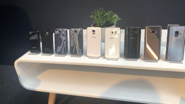 Her ser du alle Galaxy S-telefoner Samsung har lansert iløpet av de siste ti årene.