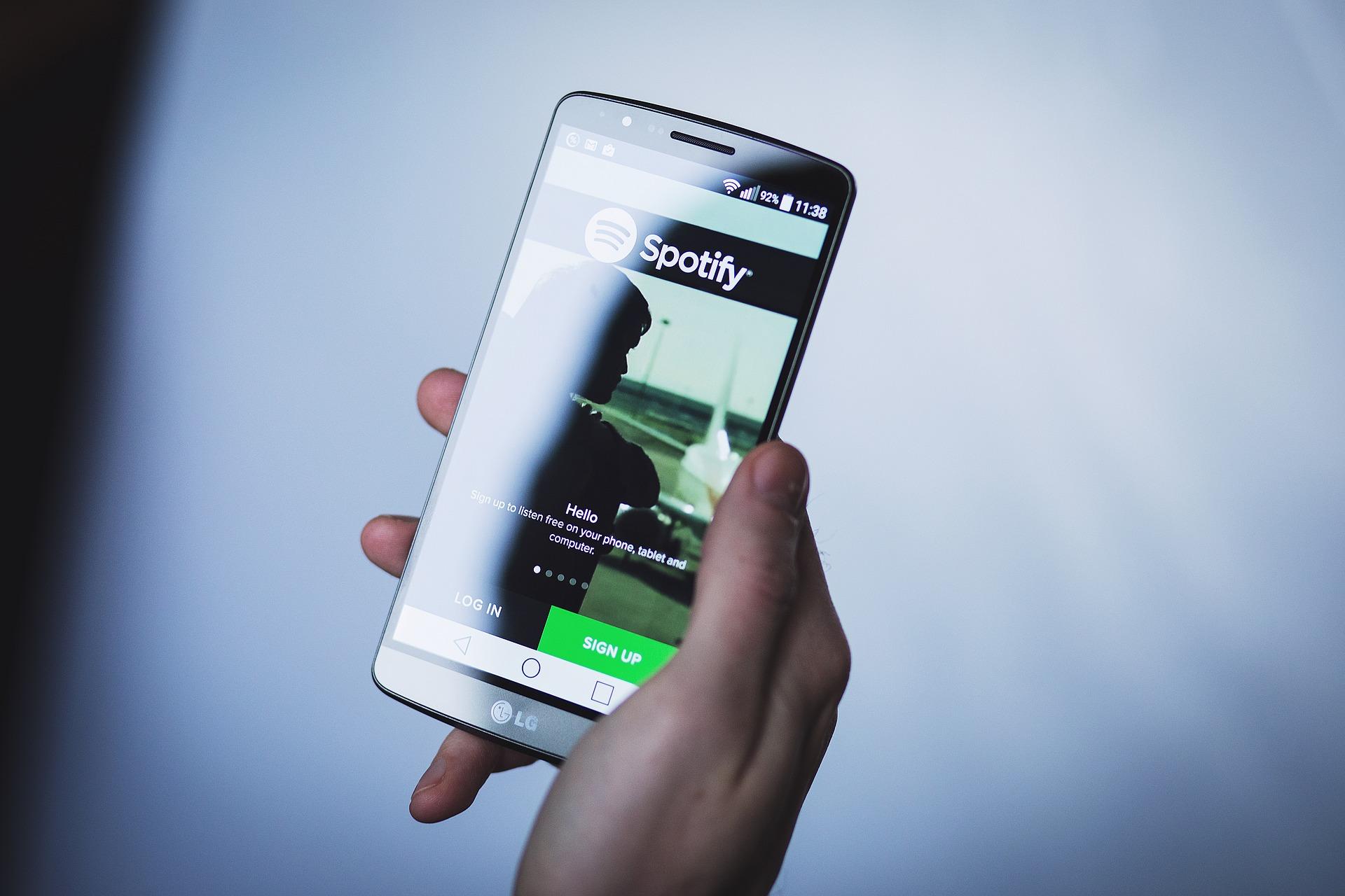 Spotify skal nå satse mer på podcaster.