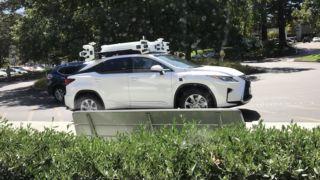 Apples teknologi for selvkjørende biler imponerer ikke stort, som det forekommer av tallene i DMV sin rapport.
