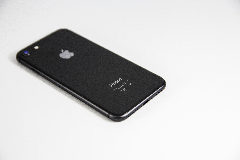 Apple jobber med nye iPhone-modeller for å lure seg rundt salgsforbud
