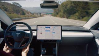 Det har vært mye fram og tilbake i Tesla-leiren de siste ukene.