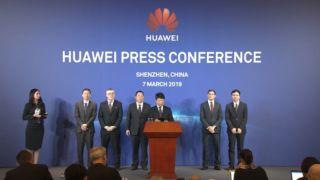 Under nattens konferanse annonserte Huawei søksmål mot USA.
