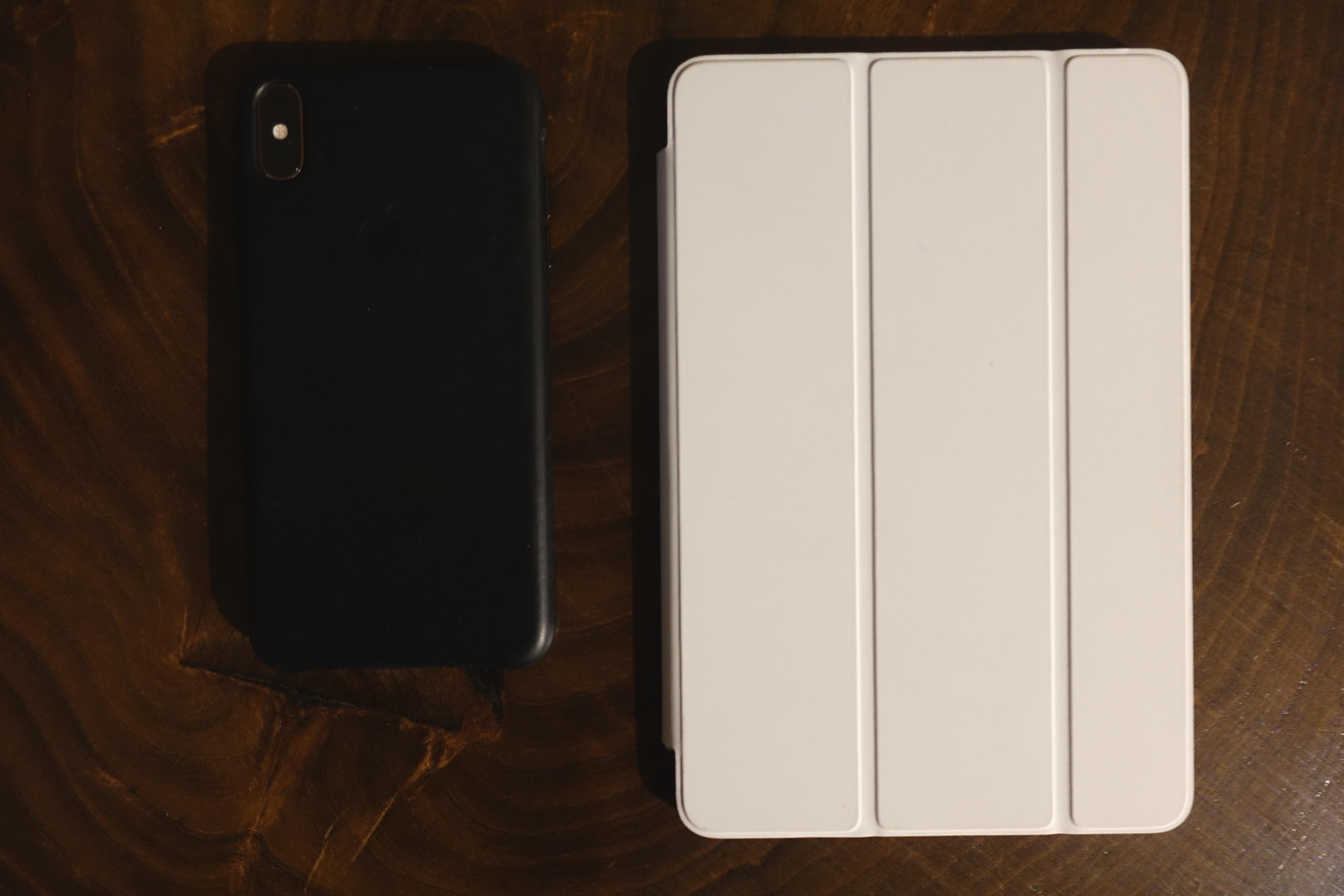 iPhone Xs Max. iPad mini 5.
