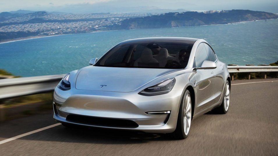 Model 3 står for over halvparten av det elektriske bilmarkedet i USA.