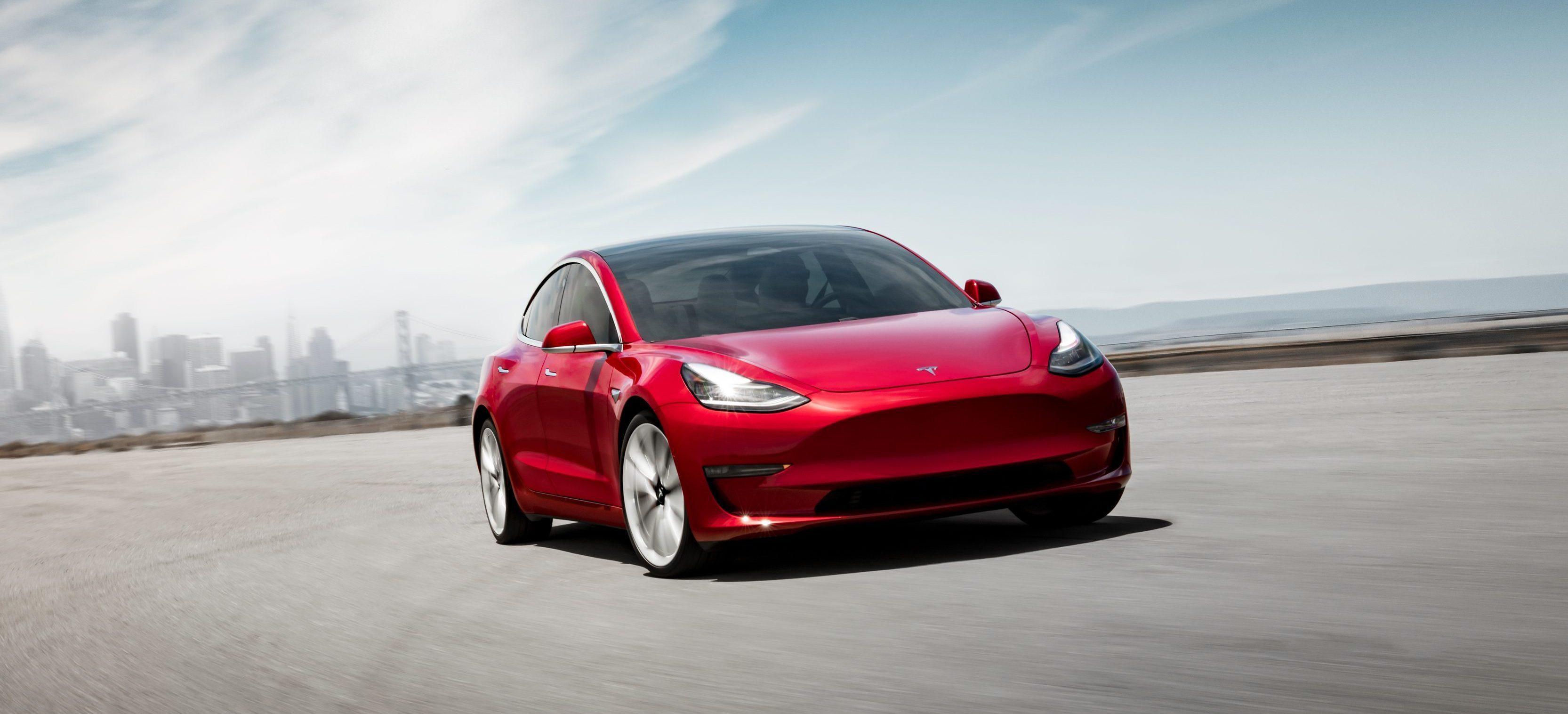Her kan du kjøpe en Tesla Model 3 med 150 kilometers rekkevidde