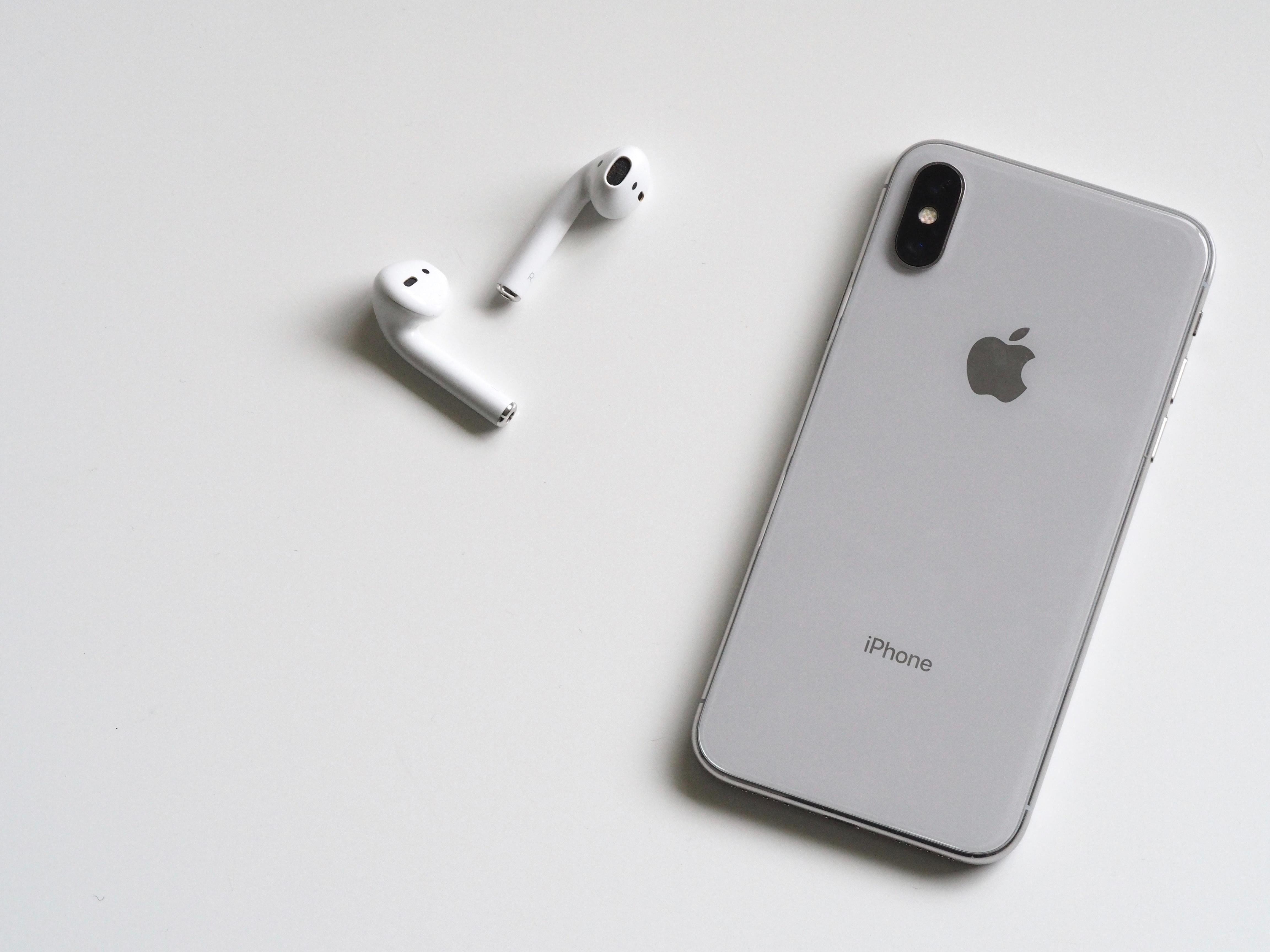 Apples sjokk: iPhone salget ned 30 prosent ifølge prognoser