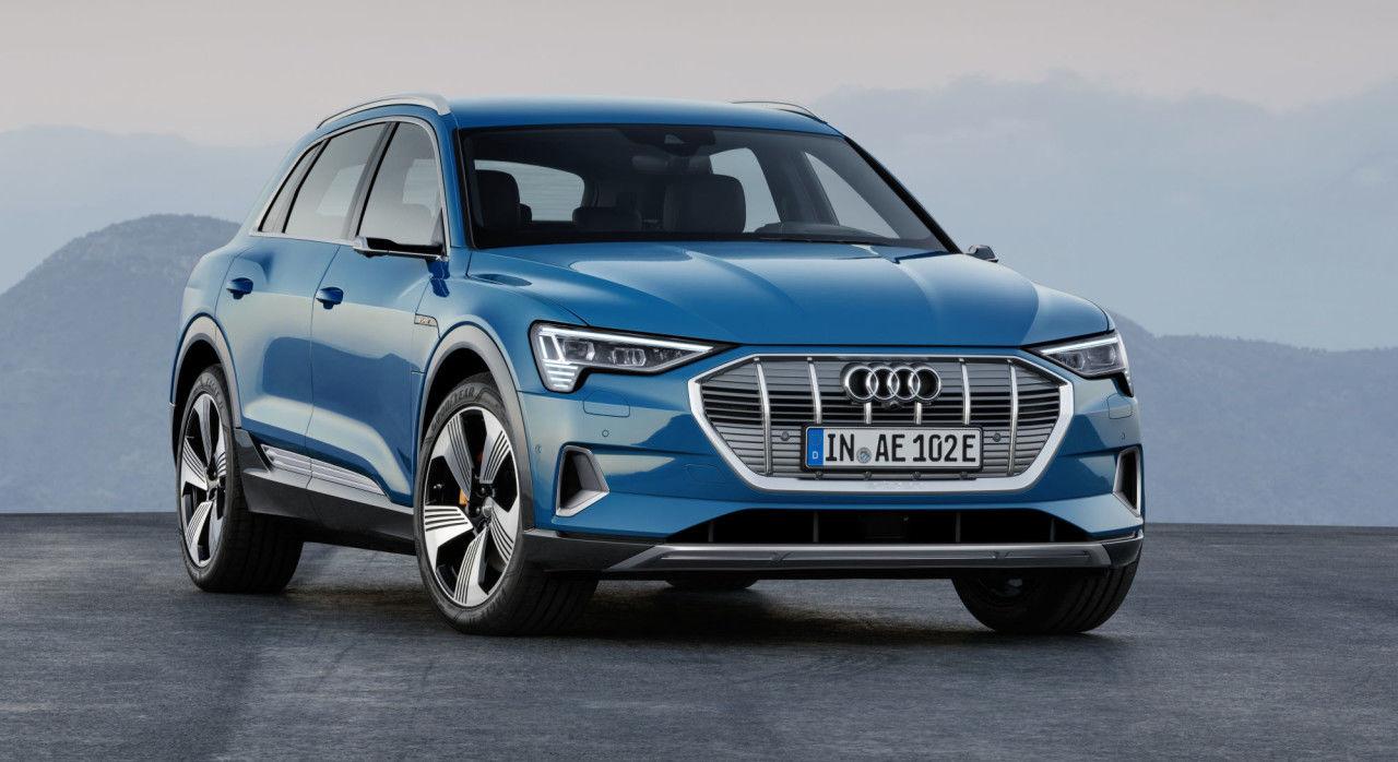 Audi tilbakekaller biler - risikerer lekkasje inn i batteripakken
