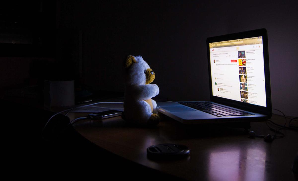 Facebook sensor døde etter å ha sett groteske videoer