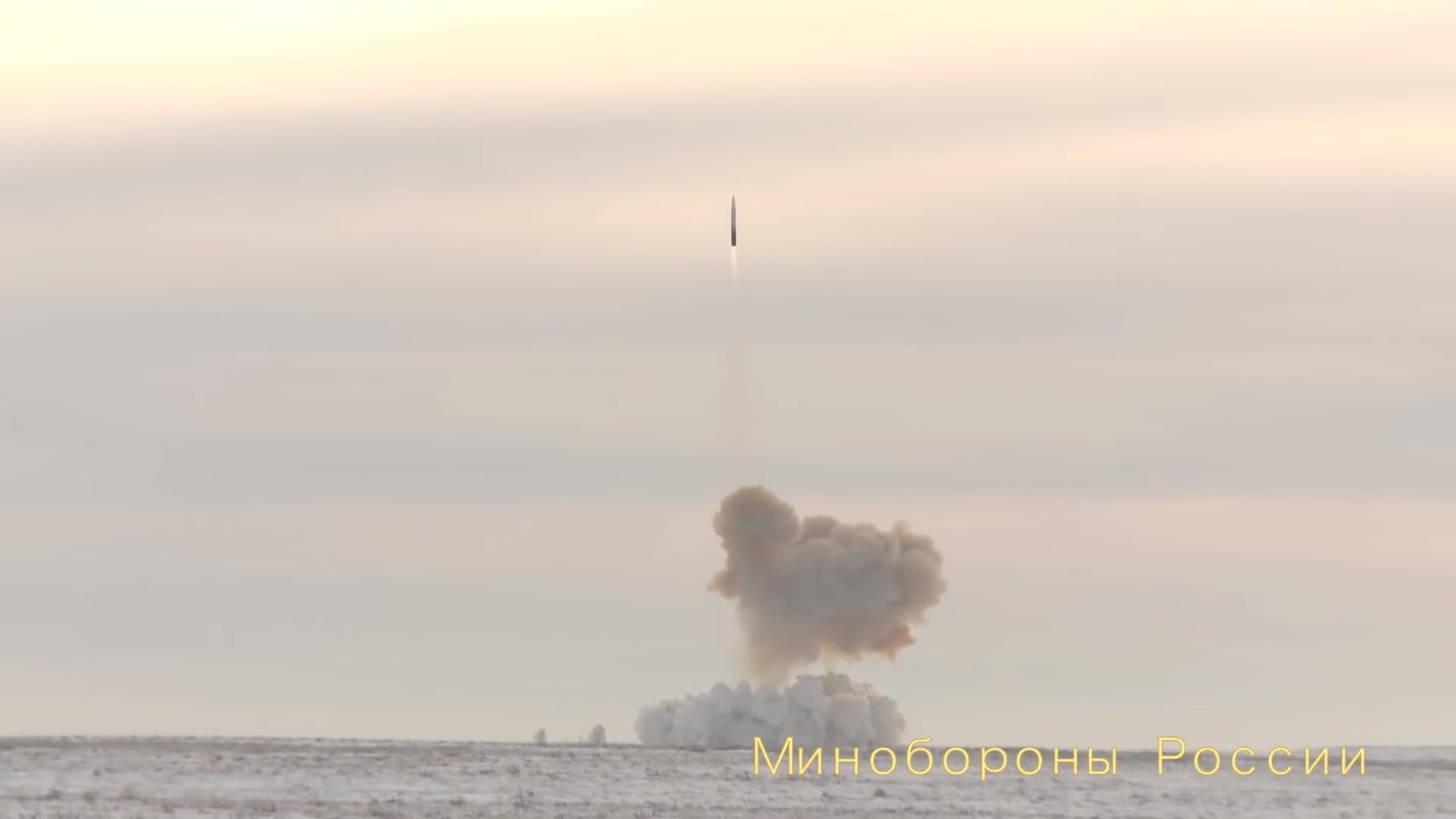 avanguard-russland-vapen