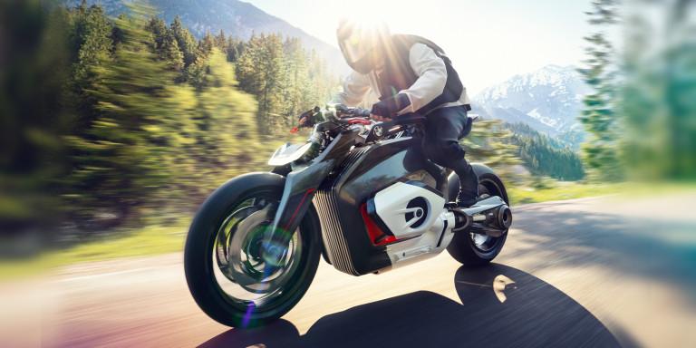 bmw-vision-dc-roadster-header