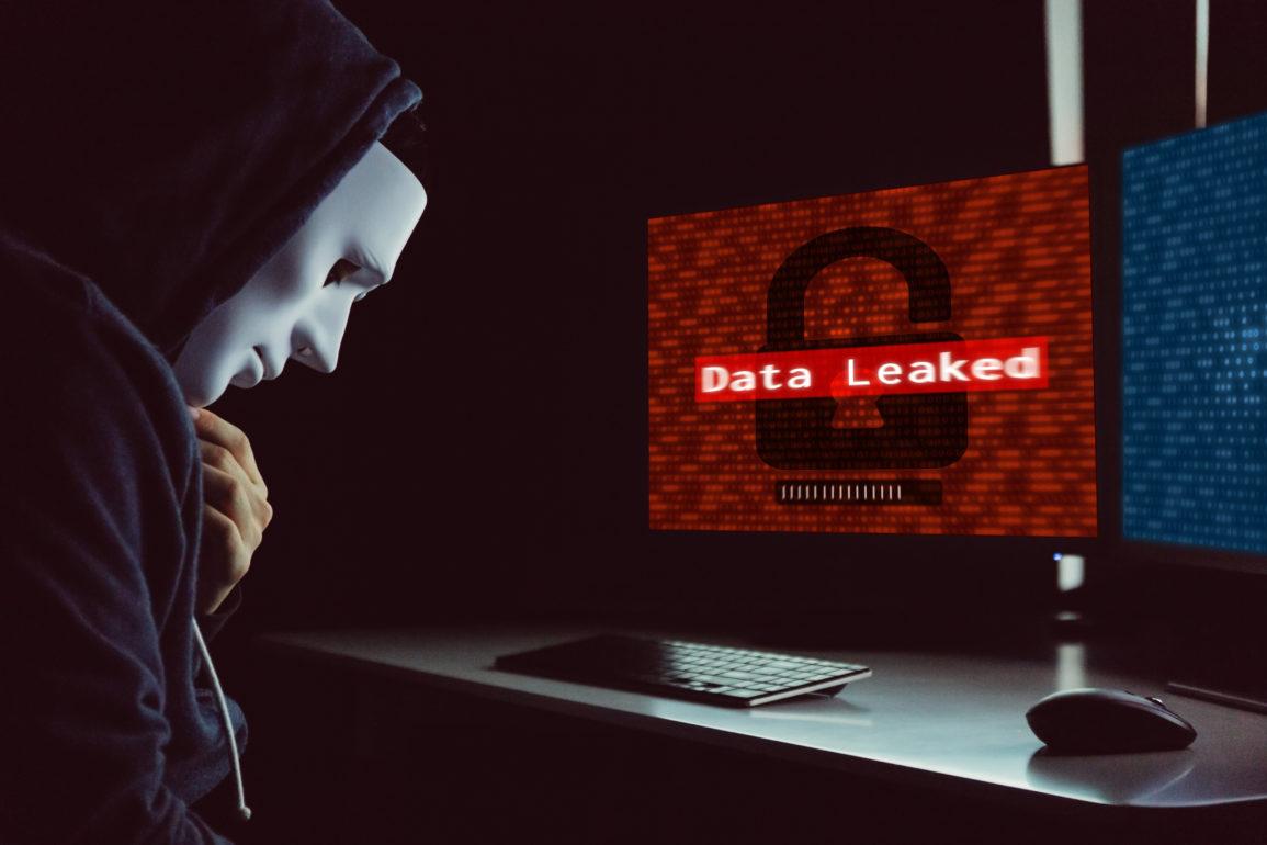 Dårlig sikkerhetsfokus fra utviklere er kilden til at over 100 millioner brukere har fått sine data eksponert mot omverdenen.