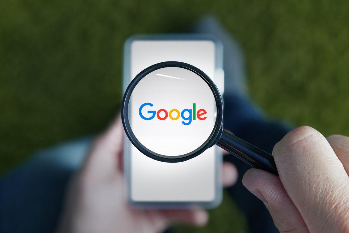 Roskomnadzor, den russiske telekom-myndigheten har gitt Google 24 timer på å fjerne innhold de mener ikke hører hjemme på internett.