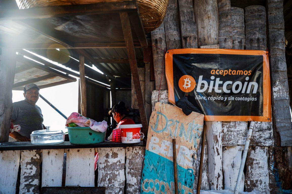 El Salvador aksepterer bitcoin.