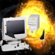 PC eksplosjon knuse