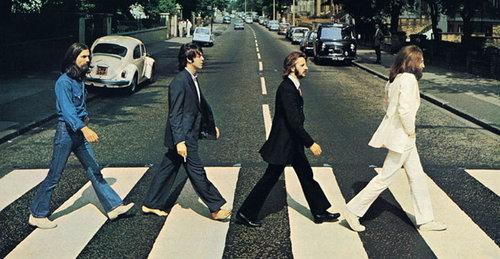 Musikkselgeren Hank Risan hevder at det ikke var Beatles-låter han solgte, men «psykoakustiske manipulasjoner» av verket til disse gutta.