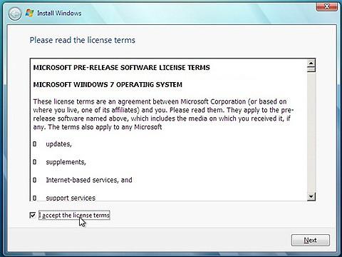 Oppgraderingstrikset beskrevet av Paul Thurrott bryter Microsoft Windows' EULA om man ikke har en gyldig fullversjonlisens.