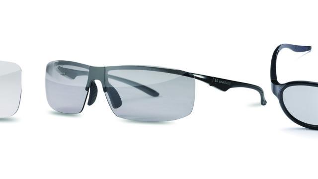 Nye 3D-briller følger også med.