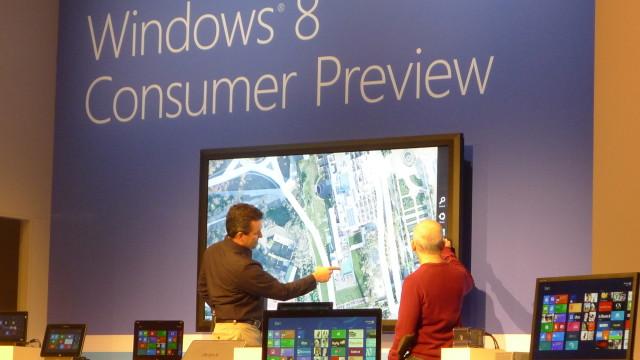Windows 8 på et gigantisk panel.