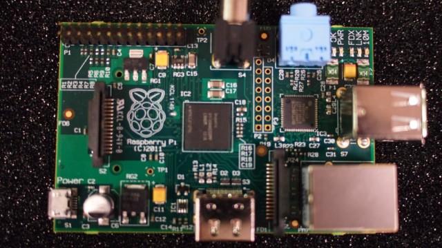 Knøtte-PCer som Raspberry Pi er kraftige nok til å fungere som server og er i tillegg svært små og lette. Ideelle som flyvende servere, altså.