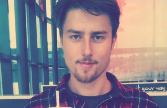 Joakim Ulseth (20) studerer 3D-design og er veldig inspirert av Apples og selskapets sjefs-designet Johnny Ive.